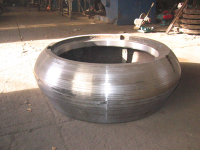 立磨、煤磨磨辊磨盘全新制作